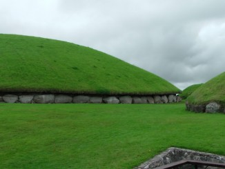 Ireland - Newgrange & Knowth