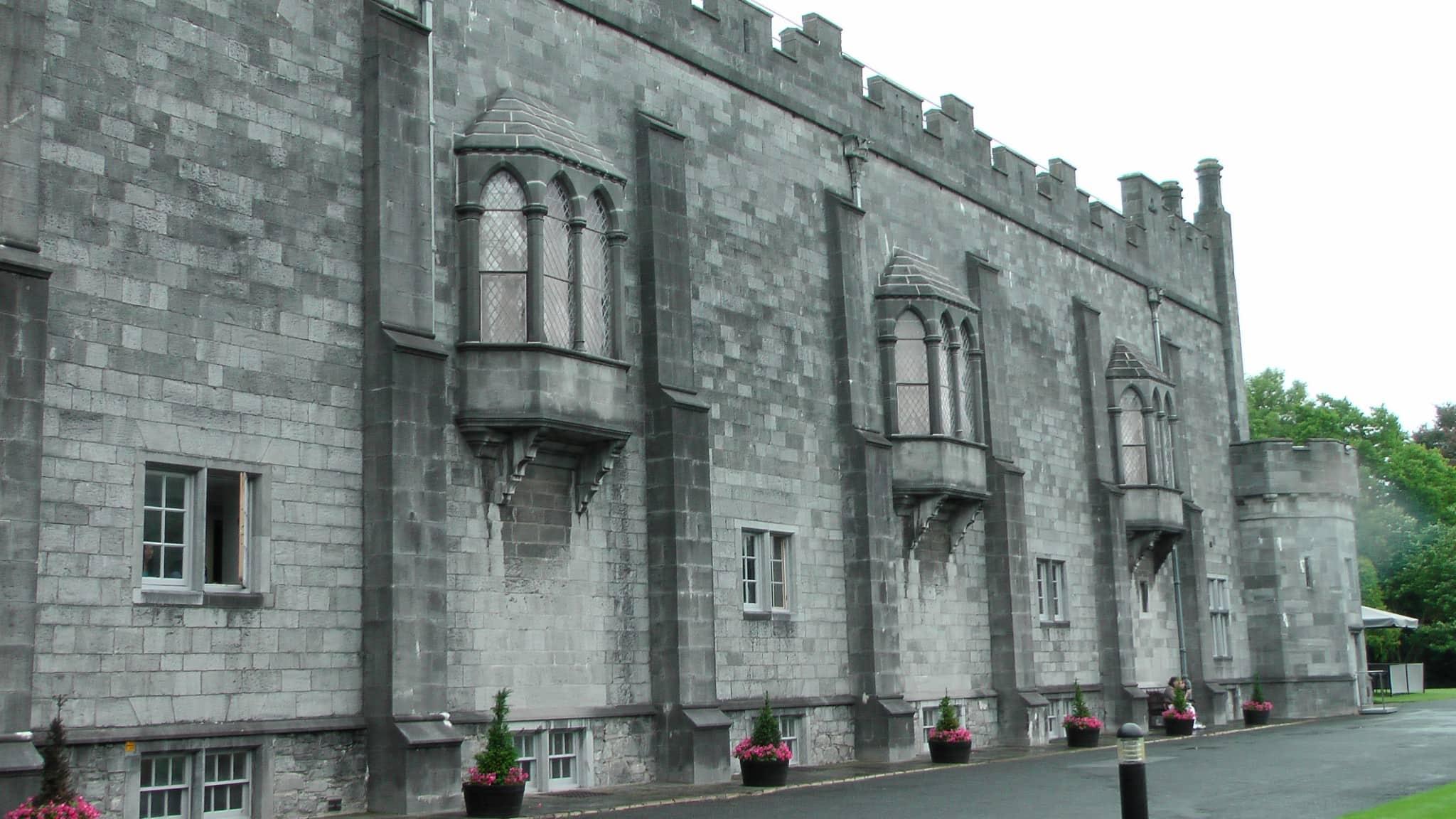 Ireland - Kilkenny Castle – Chris Travel Blog