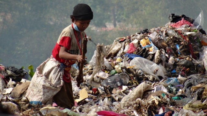 extreme poverty in japan essay Extreme poverty is a global challenge it is observed in all parts of the world, including developed economies unicef estimates half the world's children (or 1.