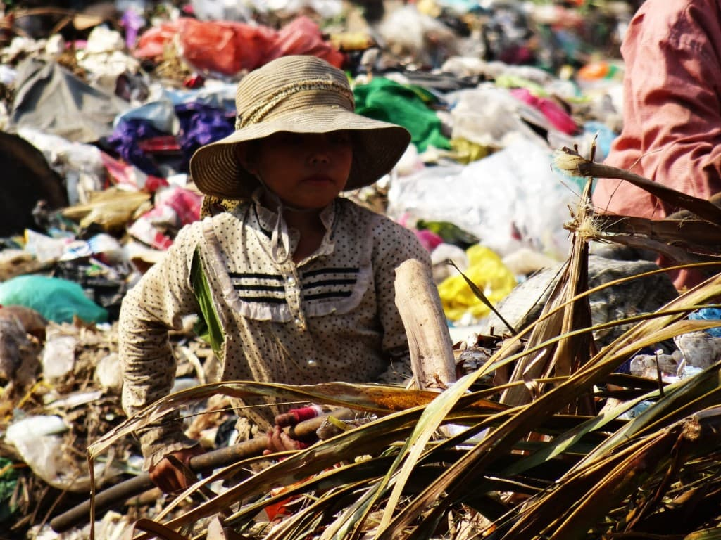 Living on a garbage dump in Cambodia