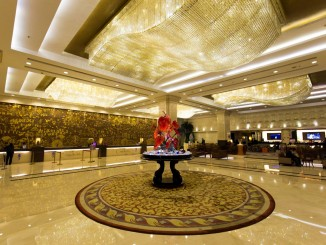 China - Crowne Plaza Foshan Hotel Review