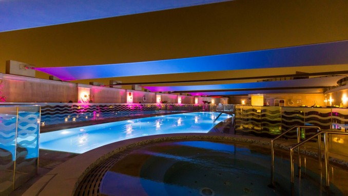 QATAR - Crowne Plaza Doha: perfect for business, leisure and stopover – Chris Travel Blog