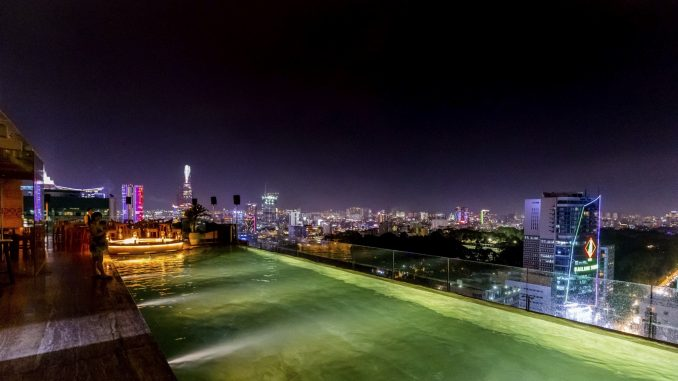 VIETNAM - Art and an awesome rooftop bar & pool at Hotel Des Arts Saigon