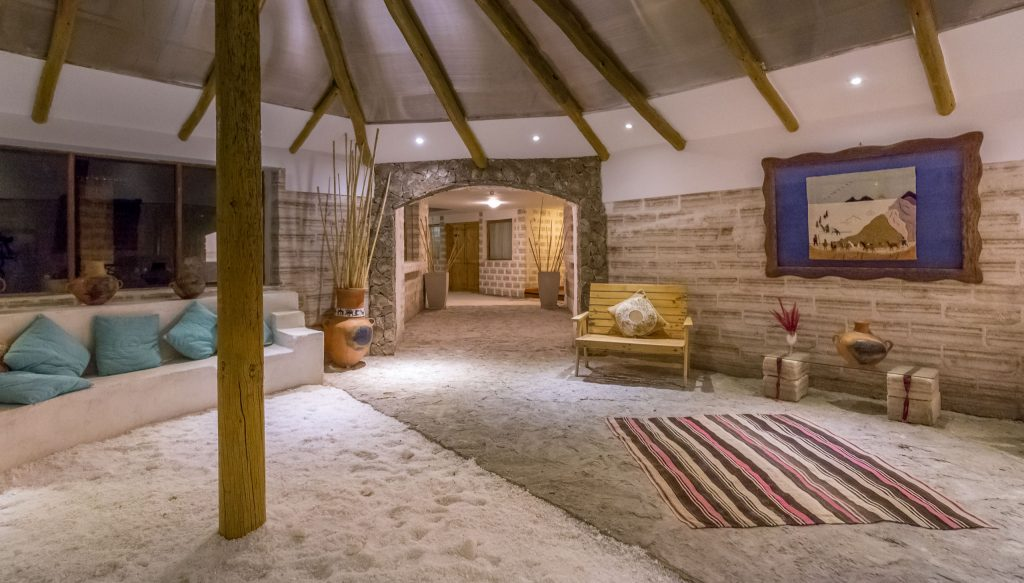 Bolivia Luna Salada Salt Hotel Offers Luxury At The