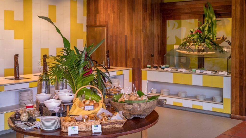 Breakfast buffet - VANUATU - Holiday Inn Resort Port Vila; a luxury hotel with private lagoon beach