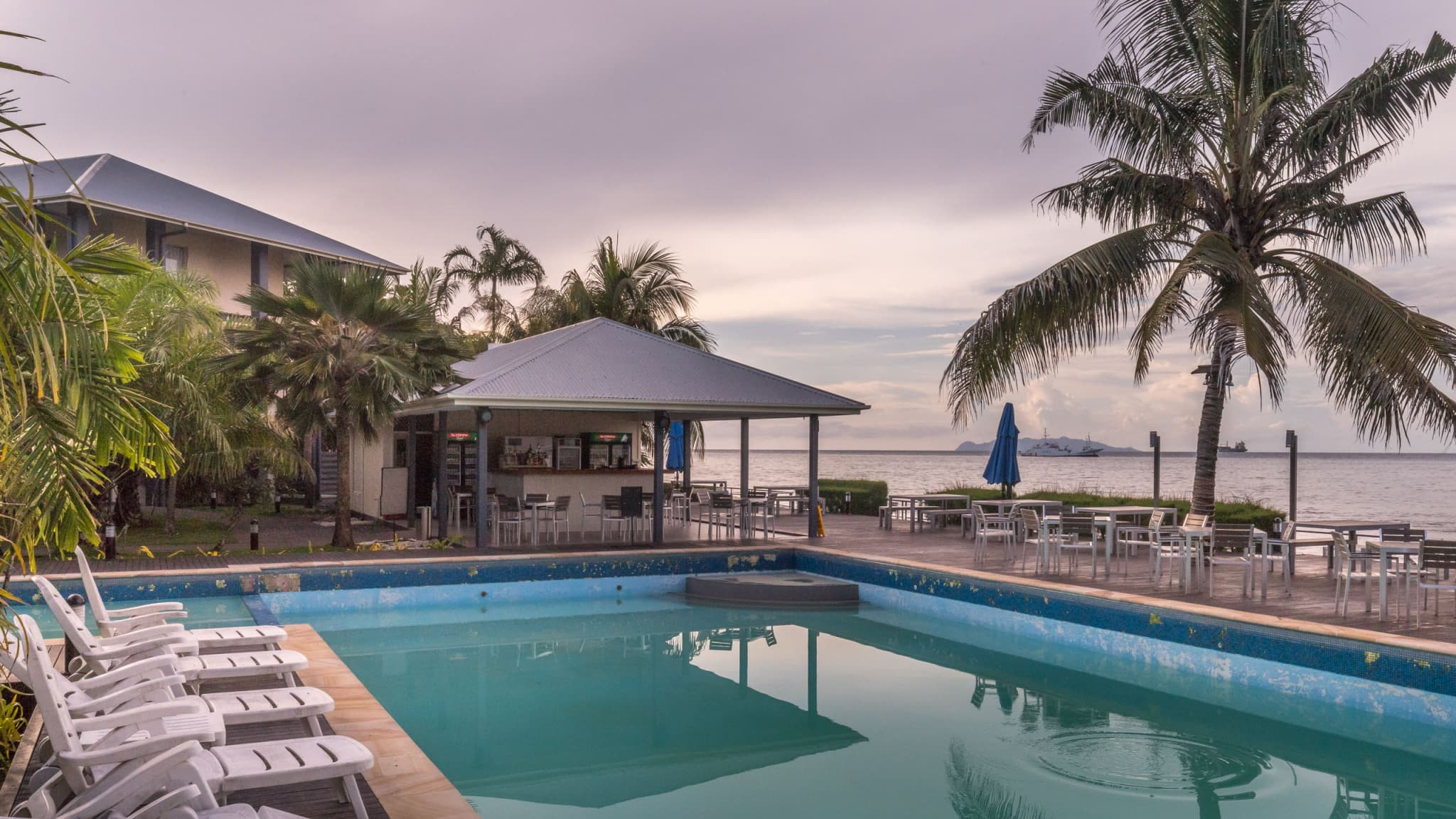 Swiimming Pool - SOLOMON ISLANDS - Heritage Park Hotel review: the luxury place to stay in Honiara