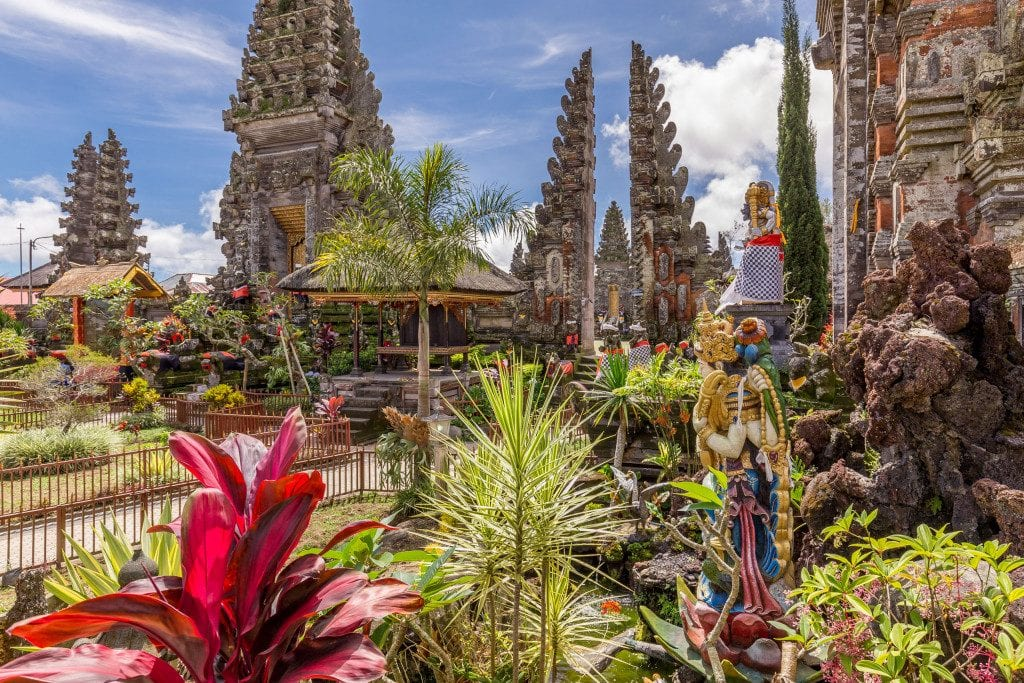 INDONESIA - A wonderful 2-3 week Indonesia itinerary: Jakarta to Bali across Java