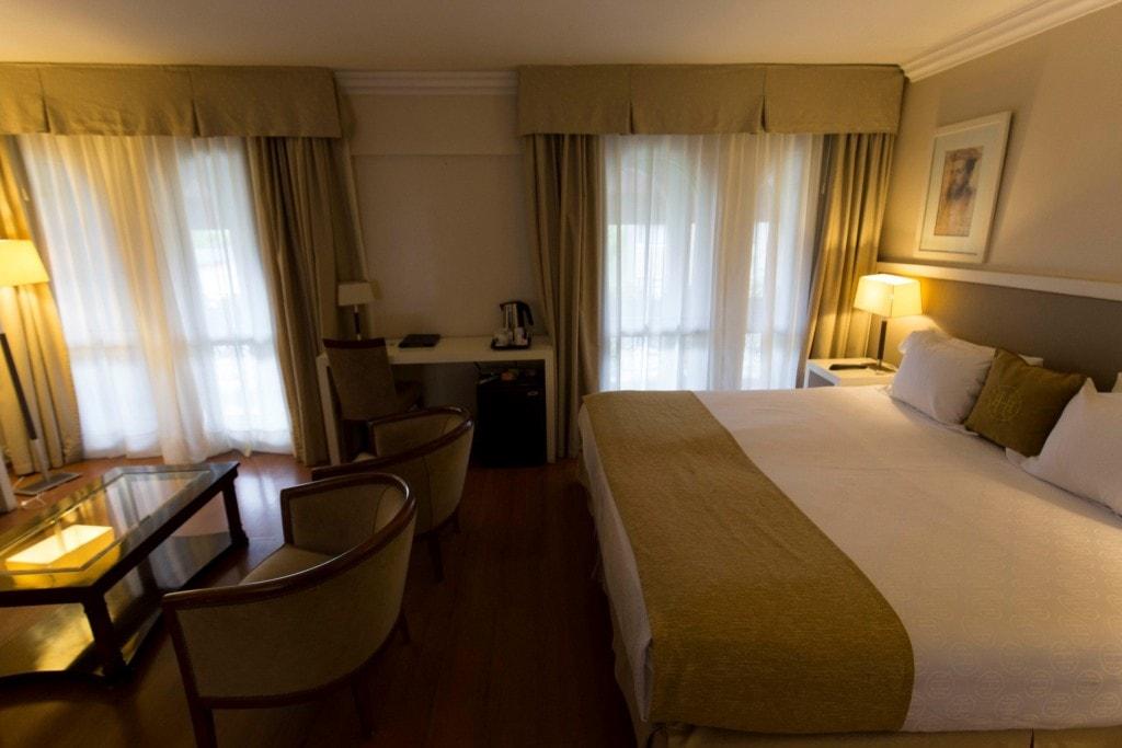 Argentina - Mendoza - Huentala Hotel Review