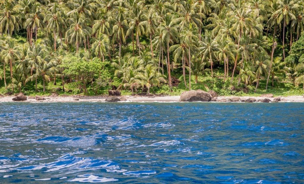 Coastline - SOLOMON ISLANDS - Savo Island day trip from Honiara (Guadalcanal)