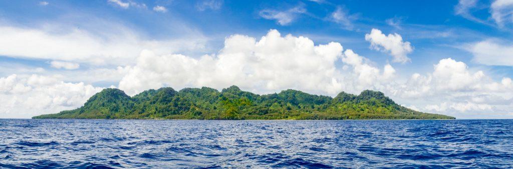 Island panorama - SOLOMON ISLANDS - Savo Island day trip from Honiara (Guadalcanal)