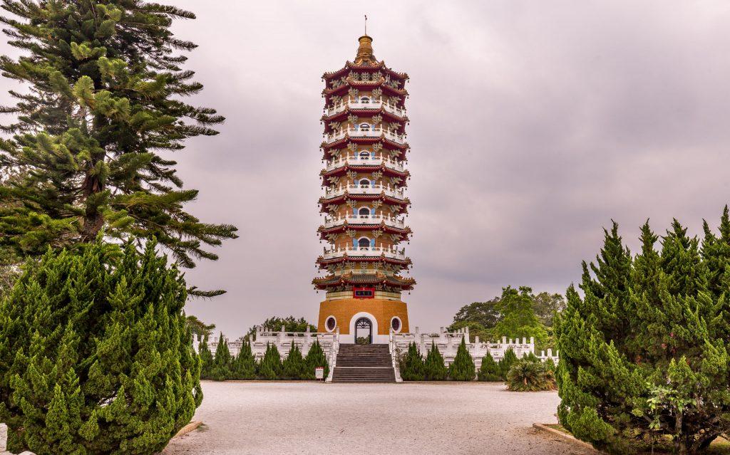 Cien Pagoda - TAIWAN - Day trip to Sun Moon Lake from Taipei or Taichung