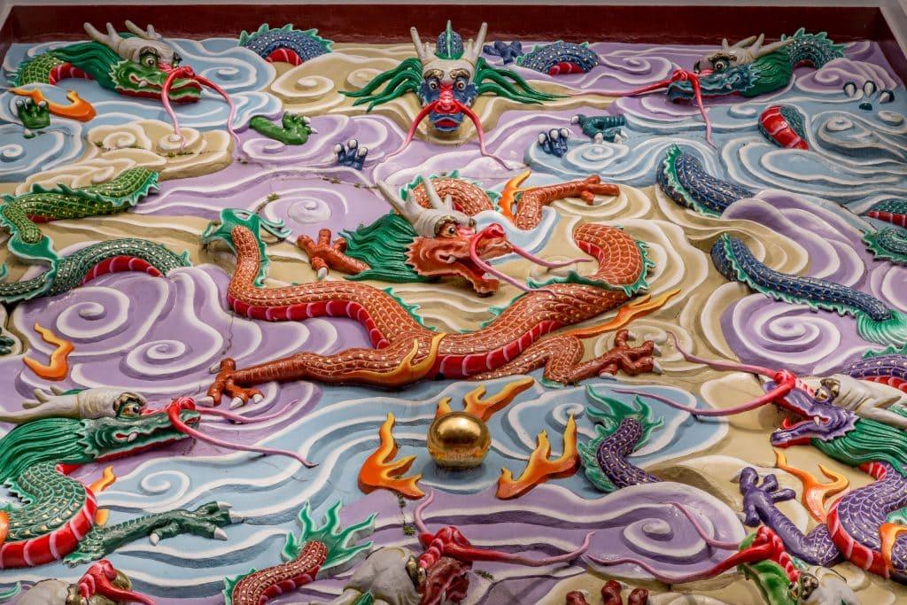 Wenwu Temple dragon sculpture - TAIWAN - Day trip to Sun Moon Lake from Taipei or Taichung