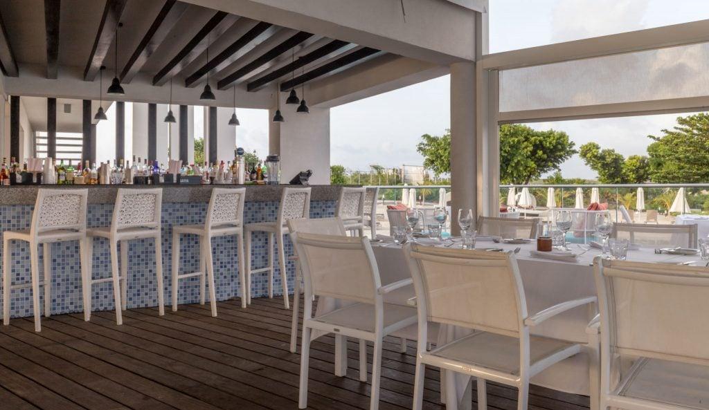Azul Restaurant - ST. MAARTEN - Sonesta Ocean Point Resort review: Best all-inclusive on St. Maarten