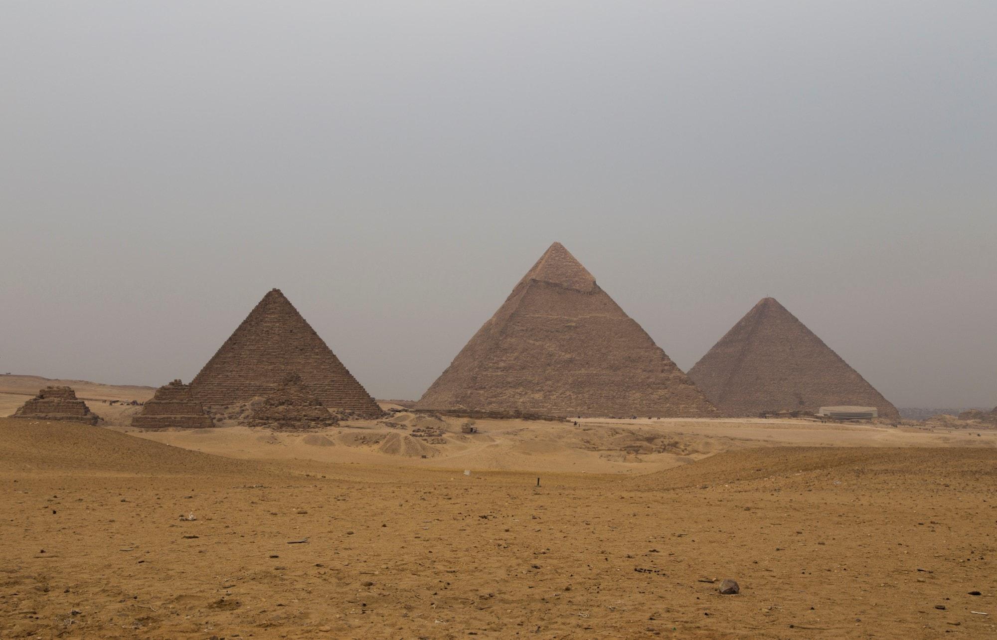 women-head-egyptian-day